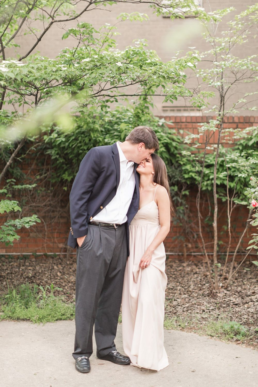 downtown-memphis-engagement_0104