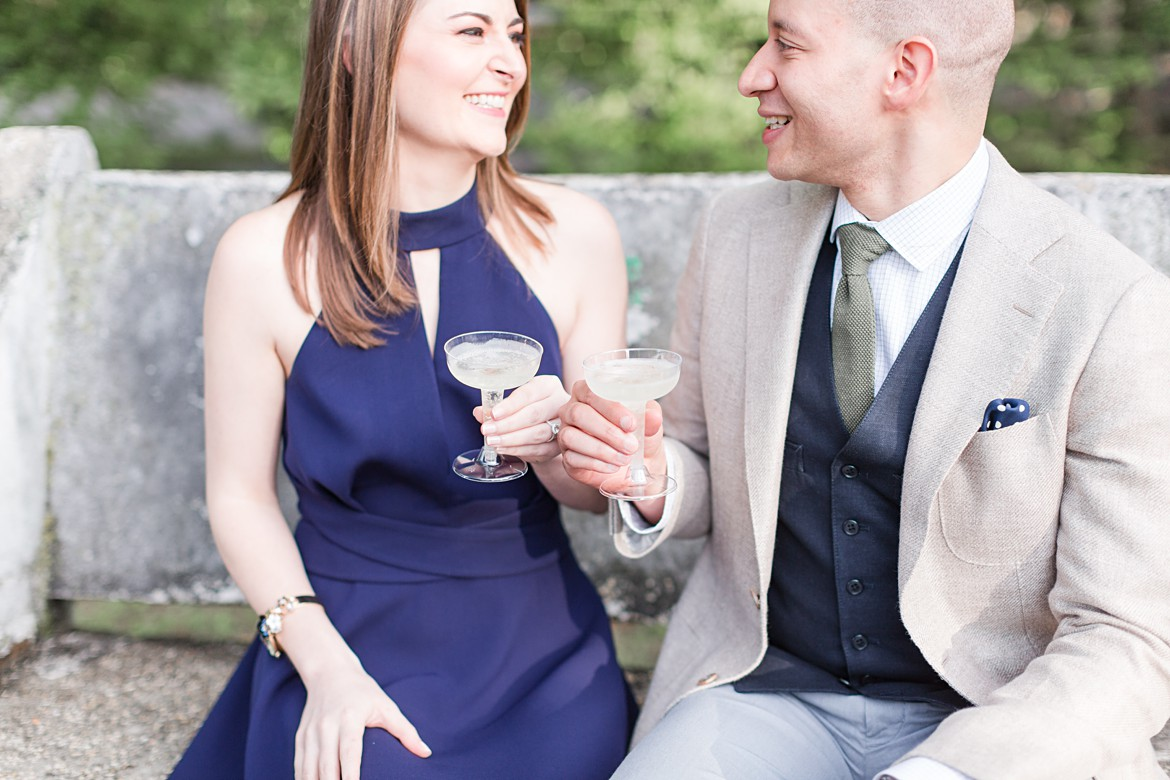 Stylish and Romantic Summer Memphis Engagement