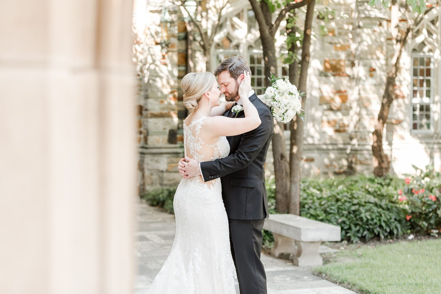 Classic Fall Wedding at Ballet Memphis