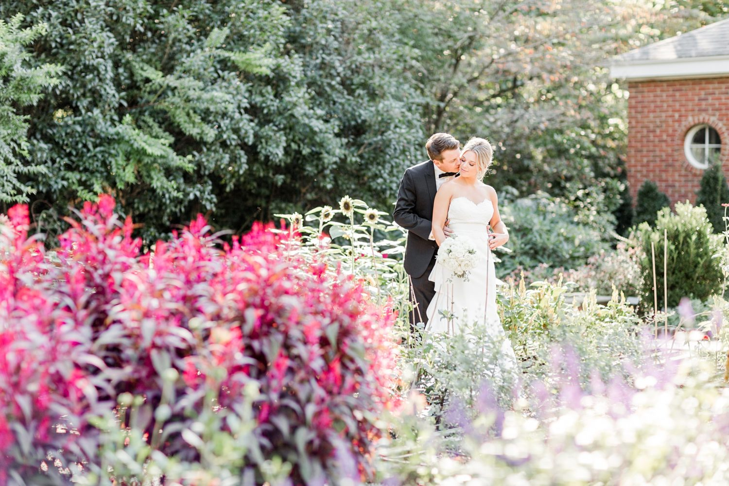 Formal Black and White Dixon Gallery and Gardens Wedding