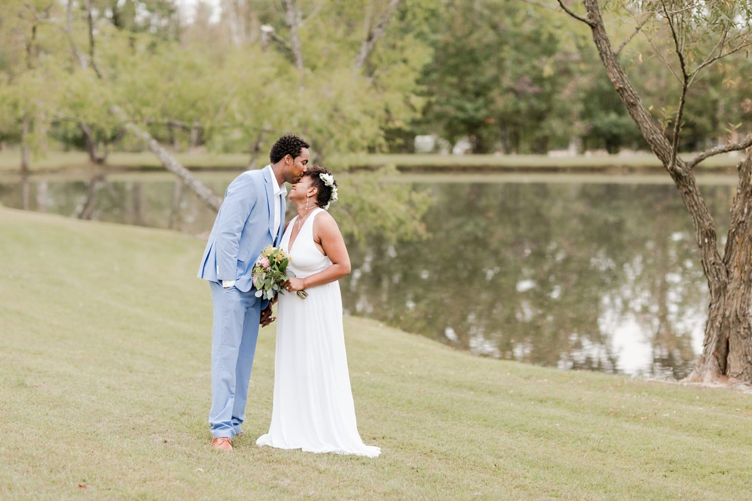 Small Outdoor Fall Intimate Wedding in Memphis