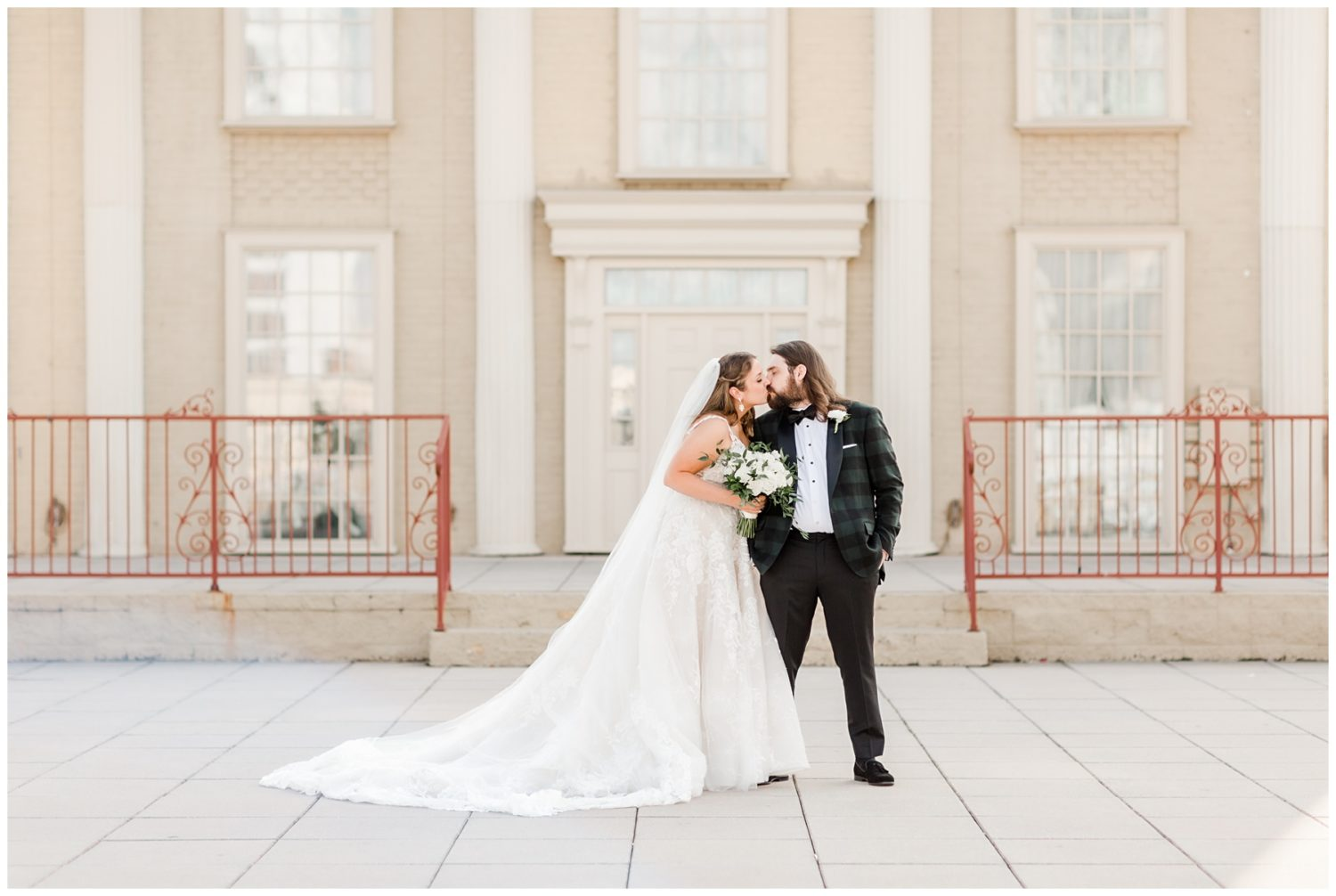 Small, Intimate Memphis Folk's Folly Wedding